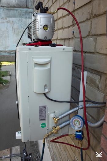 Монтаж кондиционера без вакуумного насоса 15