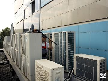 Восстановление теплообменных характеристик конденсатора внешнего блока кондиционера мойкой высокого давления в Нижнем Новгороде